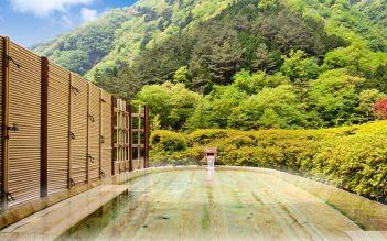 oldesthotel0915-pool